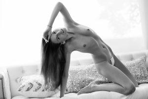 x-art_jessica_a_beautiful_place-2-sml