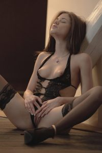 x-art_caprice_a_girl_like_you-11-sml